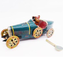 Metal car model toy bus collection cars wind up classic toys for children kids china boys adults desk ornaments home photography