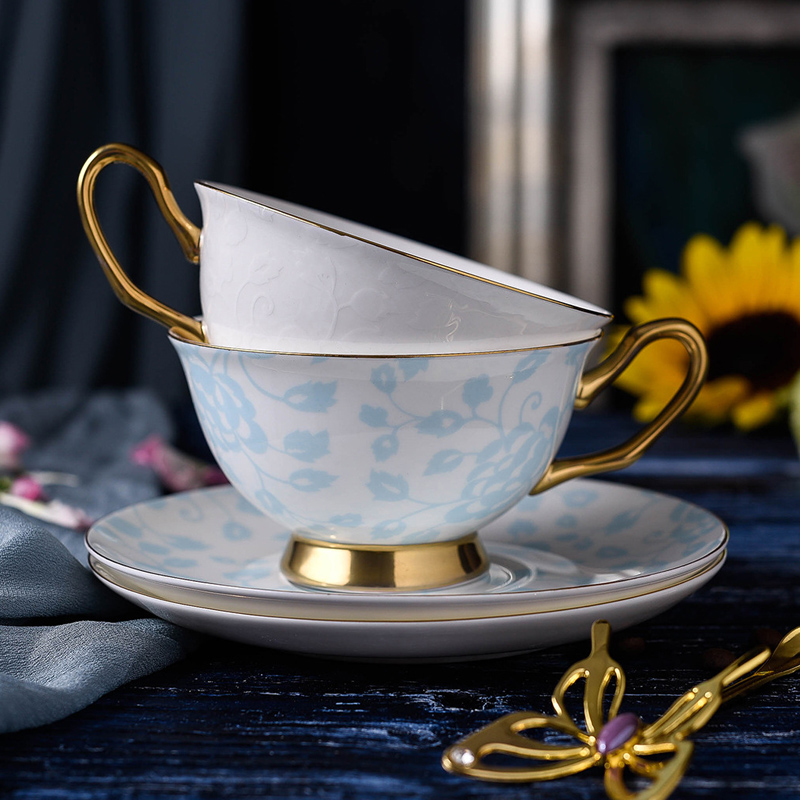 200ml Porcelain Teacups Fine Bone China Tea Cup and Saucer Set British Style Luxury Ceramic Coffee Cup Holiday Gifts 2 Colors (5)
