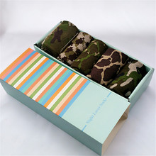 Recommend !! men socks cotton gift box 5 pairs/lot autumn-winter Fashion Male camouflage socks Men's colorful socks box