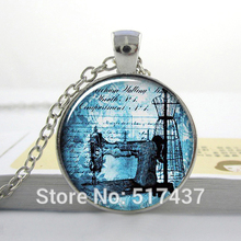1pc free shipping O38 Antique Sewing Machine pendant , seamstress necklace, sewing charm, dressmaker jewelry