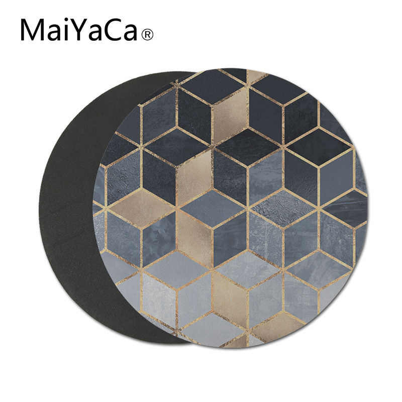 soft blue gradient cubes Non-Skid Rubber Mouse Pad Personalized Round Mouse Pads (1)