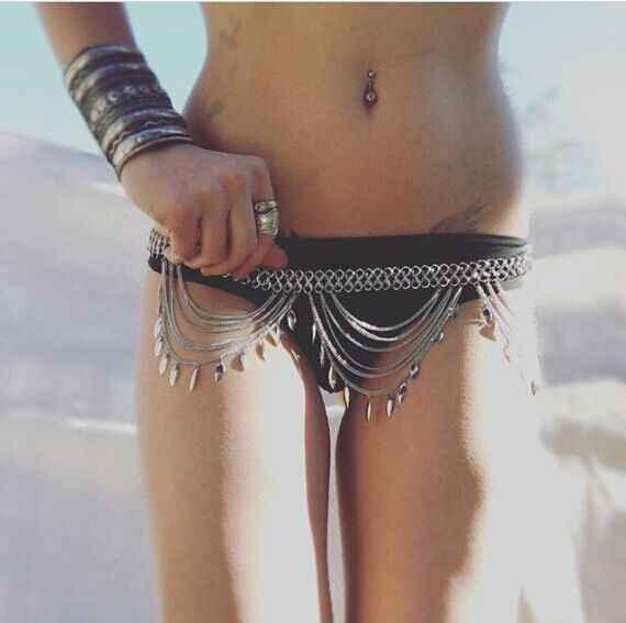 Ajacry Bikini Belly Chain Gold Body Chain Summer Beach Tassel chain Jewelry For Women and Girls gold