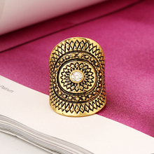 Retro Oval Ring Witted  Pattern Retro Flower Party Square Rings   Unique Gift Sets Gold Color Jewelry Fashion Women Jewelery