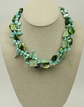 N14112912 3strds green MOP shell pearl necklace