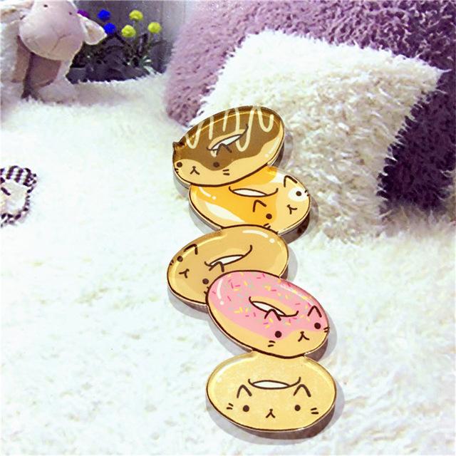 Kawaii-Icon-Harajuku-Stacked-Animal-Pikachu-Acrylic-Brooch-Clothes-Badge-Decorative-Rozet-Collar-Scarf-Lapel-Pin.jpg_640x640 (4)