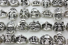 Wholesale 20pcs/LOT Vintage Silver Gothic Skeleton Men's Jewelry Punk Biker Skull Head Rings Mixed Sizes & Styles MR116