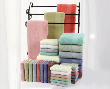100% cotton towel set with 3 pieces, pure color towel, logo embroidery is available as corporate gifts