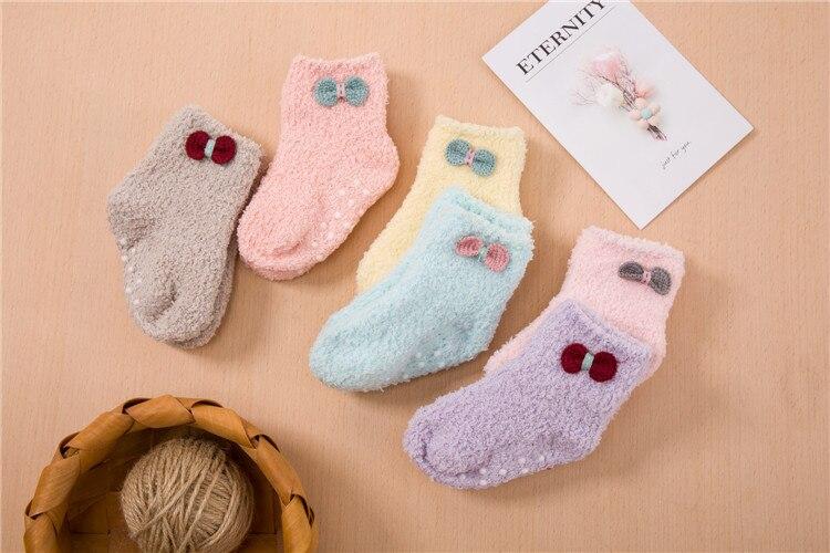 جوارب مبطن للاطفال لشتاء دافئ 5