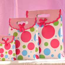 wholesale 500pcs/lot New dot design gift paper bag,Small,Medium,Large gifts packaging everyday paper bag free shipping by TNT...