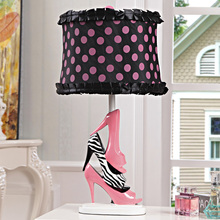 Nordic Style Creative zebra and pink high heels Bedroom Bedside Table Lamp princess Desk Light Decorative Table Lighting(China)