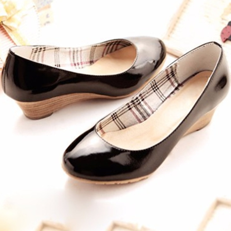 Ladies Cheap Plus size(4-15)Sweet Plain Round toe Genuine Patent leather Wedges high heels shoes Women pumps Summer style<br><br>Aliexpress