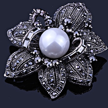 FAELENA Jewelry Vintage Style Double Imitation Pearl Flower Brooch Elegant Black Rhinestones Brooches and Pins for Women