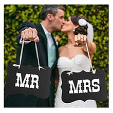 Free Shipping DIY Black Mr Mrs Paper Board+Ribbon Sign Photo Booth Props Wedding decoration Party Favor photocall for weddings