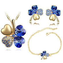 free shipping Austrian Crystal Clover 4 Leaf leaves charm Chain floating heart Pendant necklace earrings bracelet Jewelry Sets