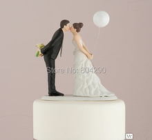 Free Shipping Just Arrival Leaning In For A Kiss Balloon Couple Figurine Ceramic Wedding Cake Topper