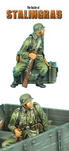 Unpainted Kit  1/ 35  the battle in russia one soldier   Historical WWII Figure Resin  Kit Free Shipping