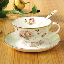 Creative Gift European Royal Bone China Drinkware Tea Cup Coffee Cups And Saucers-Simple Small Flowers