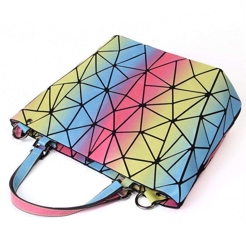 Women Handbag (5)
