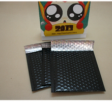 Qi Size:17.8*17.8cm(7x7inch) 30pcs/lot Black Padded Shipping Envelope Metallic Bubble Mailer Aluminum Foil Gift Bag Packing Wrap