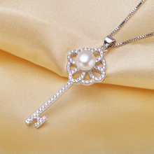 Fashion jewelry 925 Sterling silver key pendant with zircon 8-9mm freshwater pearl pendant necklace jewelry for women