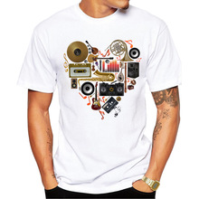 2016 Hot Selling Men Music in Love T-shirt Short Sleeve t shirts Vintage musical instrument Tee Shrits Casual Cool Tops