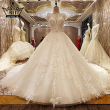 Extreme Luxury Crystal Pearls Tulle Wedding Dresses White High Collar Bride Casamento Gown Vestido De Noiva 2017 New