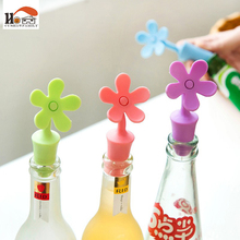 Nordic kitchen&Bar Tools flowers shape Wine Silicone Stoppers Preservation Beer Lid Beverage Closures seasoning Bottle Stoppers(China)