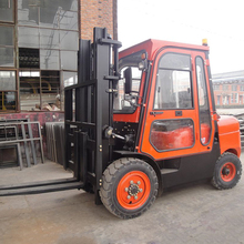 High Quality 3 Tons Diesel Forklift Big With Cockpit Power Warm Wind System CPCD30