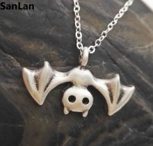 1pcs Halloween Bat Necklace Bat Jewelry Vampire Jewelry Goth Gift for woman SanLan(China)