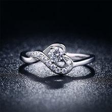 QCOOLJLY Da Sposa Colore Oro Bianco Romantico Cuore Anelli Di Cristallo Monili  per le Donne Bigiotteria 0296d6317c6b