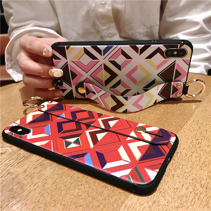 3 SoCouple Retro Grid Pattern Wrist Strap Phone Case For iphone 7 8 6 6s plus Case For iphone X Xs max XR Soft Silicone Case