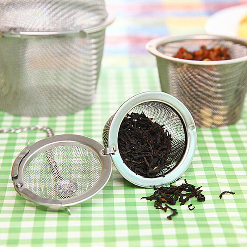 4-Size-Stainless-Steel-Tea-Locking-Spice-Egg-Shape-Ball-Mesh-Infuser-Tea-Strainer-With-2-Handles-Lid-KC1430 (1)