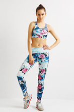YIWU YOUNGA Women's Plus Size OUTFIT SETS Wild Rose Hot Pant Sport  Bra Yoga Tops Active Wear Leggings Women gym fitness Tight