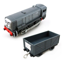 x132 electric Dennis Thomas and friend Trackmaster motorized and train engine compartments Chinldren children plastic toys