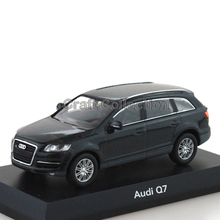 Black 1:64 Kyosho Diecast Car Model for Q7 Luxury SUV Collections
