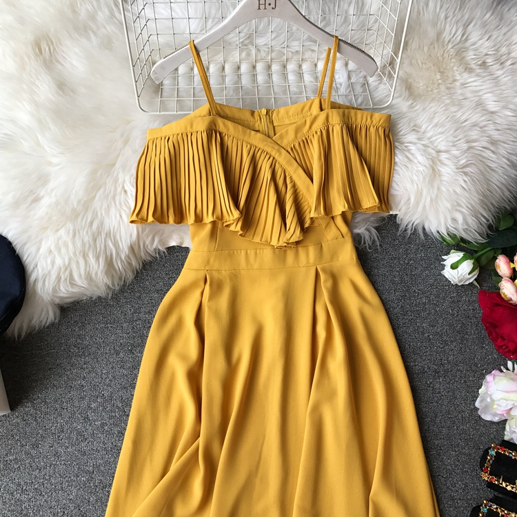 2019 Spring Women Chiffon Pleated Braces Sling Spaghetti Strap Goffer Long Dress Ladies Ruffles Empire Drapped Swing Slip Dress 205