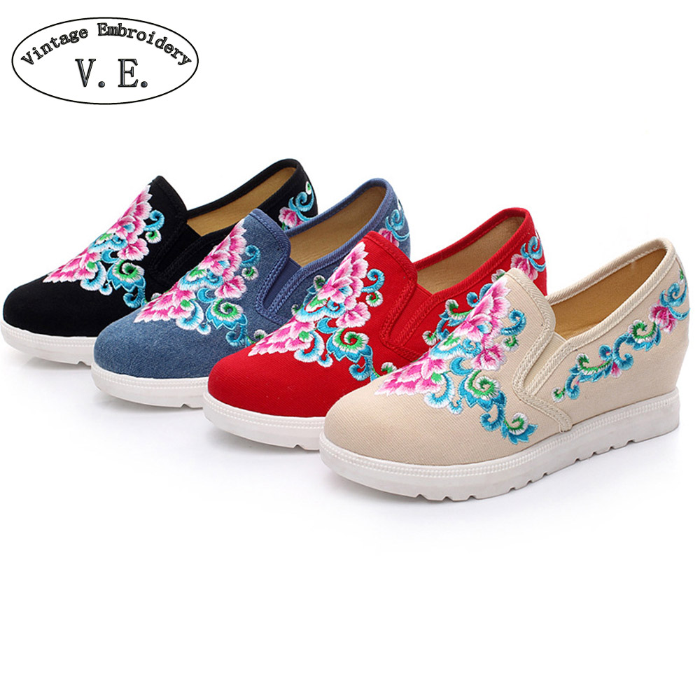 Vintage Embroidery Women Pumps Floral Casual Canvas Loafers Lady Slip on Cotton Cloth Platform Shoes Zapatos Mujer Plus size 41<br><br>Aliexpress