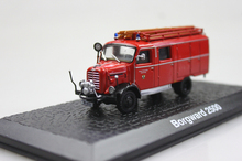 ATLAS 1: 72 Borgward 2500 the old fire truck alloy car models ambulance