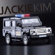 High Simulation Exquisite Diecasts&Toy Vehicles: RMZ city Car Styling Defender Police CCar Off-Road 1:36 Alloy Diecast SUV Model