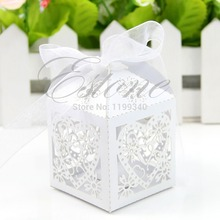 E74  2016 hot-selling 50pcs/pack Lot New Cut Love Heart Laser Gift Candy Boxes Wedding Party Favor With Ribbon