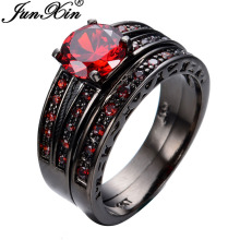 JUNXIN Size 6/7/8/9/10 Red Jewelry 2pcs Red Fashion Engagement Ring Set Black Gold Filled Rings For Women and Men Promotion