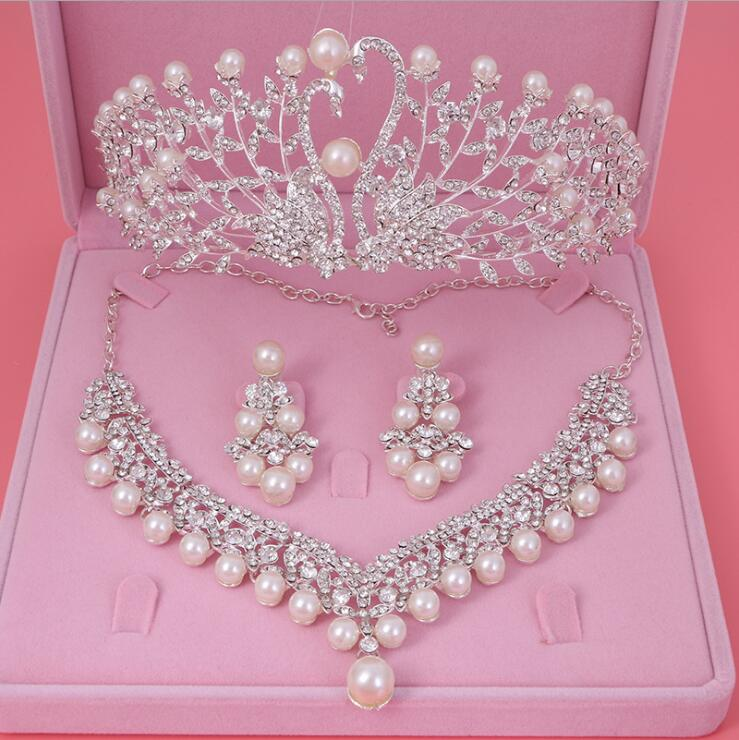 Womens Crystal Pearl Jewelry Hair Crown Headpiece Necklace Pendant Earrings Sets (7)