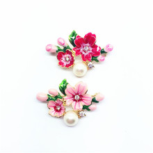 2017 Cherry spring flower small peach apricot flower red pink drop glaze plant style collar needle brooch Corsage pin(China)