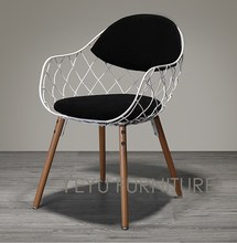 Minimalist Modern Design Metal Steel Wire Chair with Solid Wooden leg Base Modern Design Home Furniture Fashion Dining Chair(China)