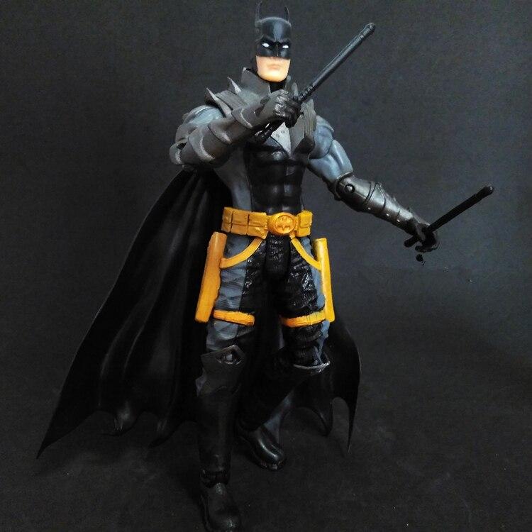 1pcs Juguetes DC Superman V Batman Second Earth Comic Marvel The Dark Knight Mc Arkham City Jagged nunchakus PVC 17cm Predators<br><br>Aliexpress