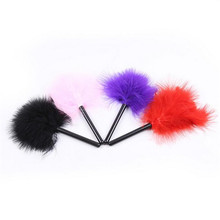 Buy New 4Color Mini Bird Feather Clit tickler Spanking Sex Toy Feather Flirting Tickler Sexy Whip Flirt Soft Ticklers Slave Flogge