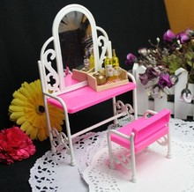 Hot Sale Baby Girl Favorite Birthday Gift Dolls Furniture Lovely Plastic Dressing Set  Doll Table Chairs