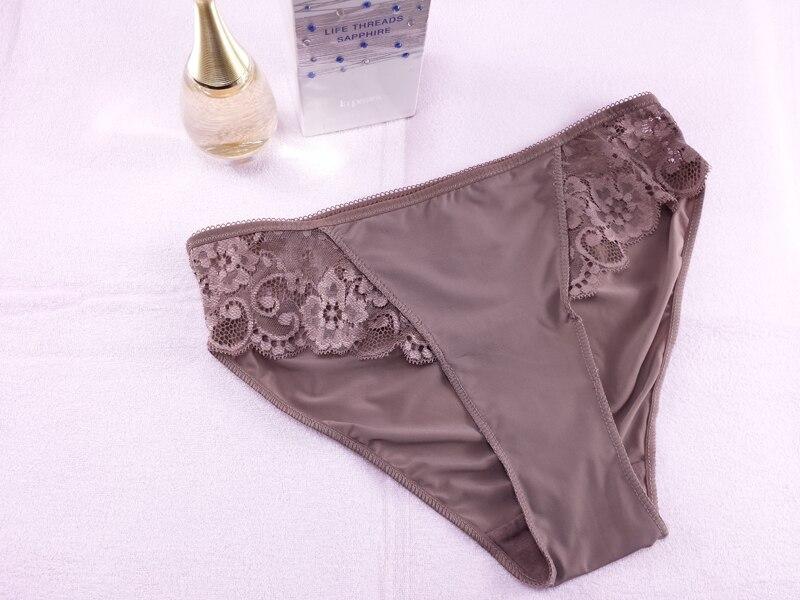 Plus Size Bra Set 3D Air Mesh Breath Underwear Full Cup Minimizer Women Lingerie Lace Intimates Ladies Bra and Panty Set Quality 31