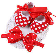 2016 Hot/Cheap Red Dots Baby Shoes Girls Bow Headbands Sets,Girls Toddler Princess Sapatos De Bebe Menina,Fashion Newborn Shoes(China)