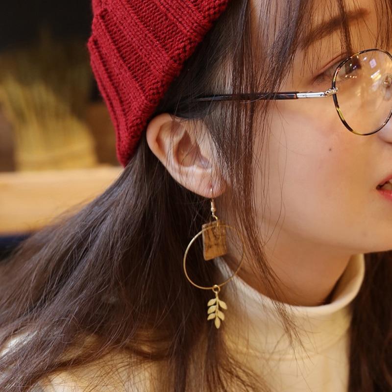 2019NEW Asymmetrical Leaf Wood Geometric Dangle Earrings Vintage Hollow Long Earrings For Women Handmade Ear Studs Jewelry Gift